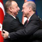 Азербайджан и Турция воткнули шампур в спину России